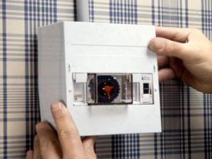 Intérrupteurs et relais
